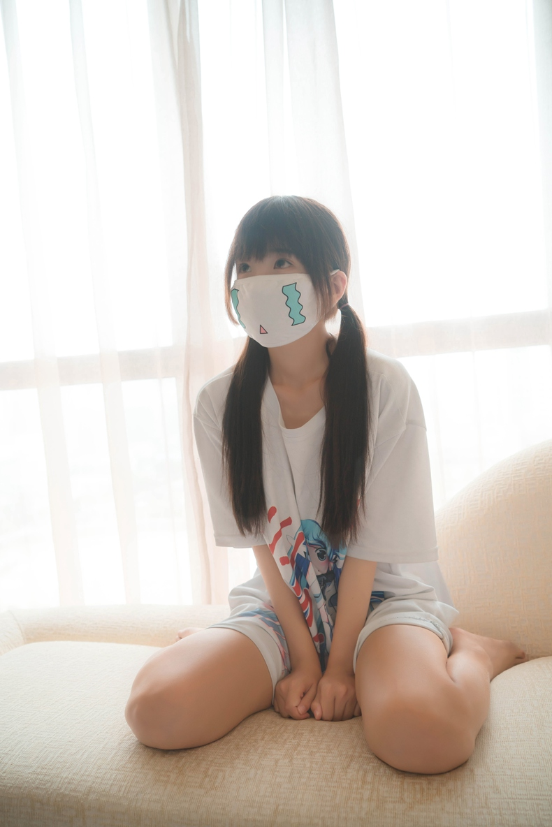 双马尾御子Yumiko – 二次元口罩 1
